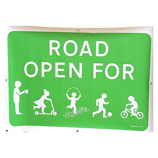 road open for play sign